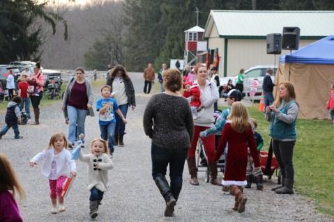 Santa Claus Visits Dam, Festival at Owl Creek, Tamaqua, 12-12-2015 (1)