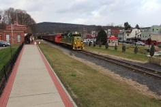 Santa Train Rides, via Tamaqua Historical Society, Train Station, Tamaqua, 12-19-2015 (101)