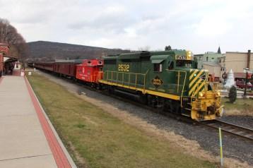 Santa Train Rides, via Tamaqua Historical Society, Train Station, Tamaqua, 12-19-2015 (108)