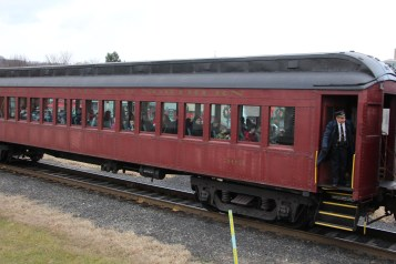 Santa Train Rides, via Tamaqua Historical Society, Train Station, Tamaqua, 12-19-2015 (120)