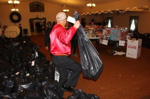 SCMCL Toys For Tots, Salvation Army, Distribution, Lehighton (22)