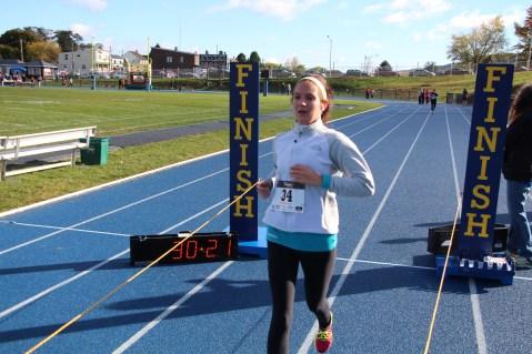 SubUrban 5k Run, Memory of Thelma Urban, TASD Sports Stadium, Tamaqua, 10-17-2015 (308)