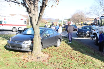 Two Vehicle Accident, Lafayette Avenue, SR54, Hometown, 12-10-2015 (12)