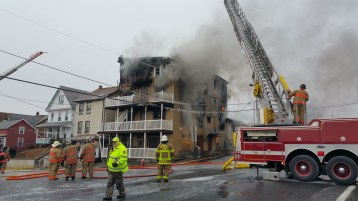 fire-200-block-of-north-second-street-lehighton-1-9-2017-24