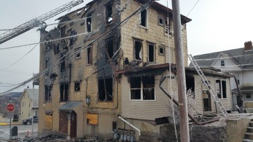 fire-200-block-of-north-second-street-lehighton-1-9-2017-58