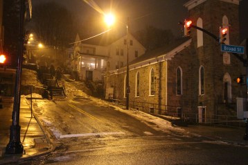 new-light-intersection-of-swatara-and-west-broad-street-tamaqua-1-17-2017-7