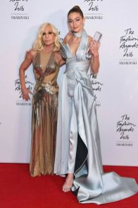 International Model Of The Year Winner: Gigi Hadid Presented by: Donatella Versace