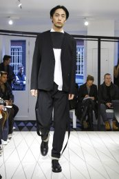 Chalayan Menswear F/W 2017 London 3