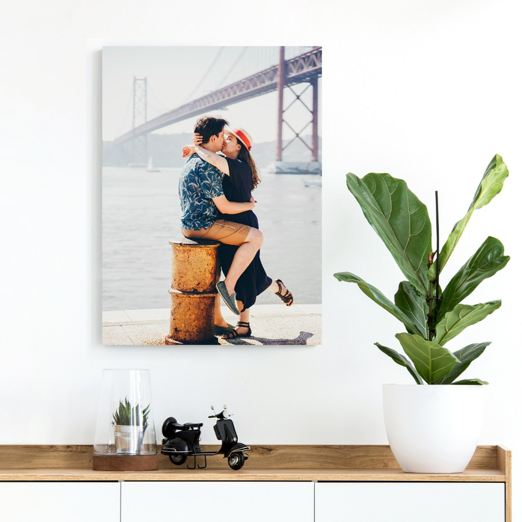 #ad The best spring home decor idea right now is gorgeous canvas prints! And right now,you can get 5 FREE MIXPIX Photo Tiles from www.bestcanvas.ca. Promo!