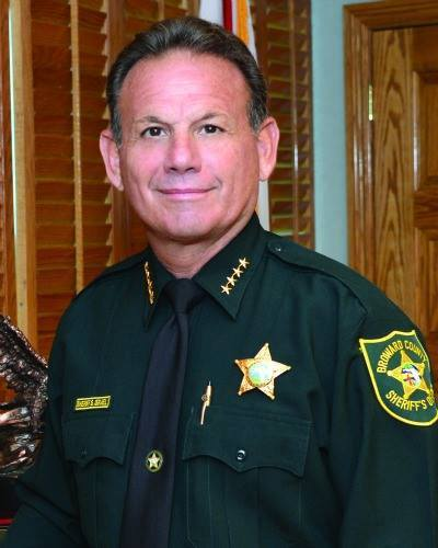 Video Broward County Police Officers Uninterested: Sheriff Scott Israel: Leading The Charge In Public Safety