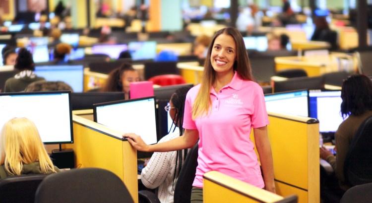 Global Response Hiring 150 Customer Service Reps at Job Fair