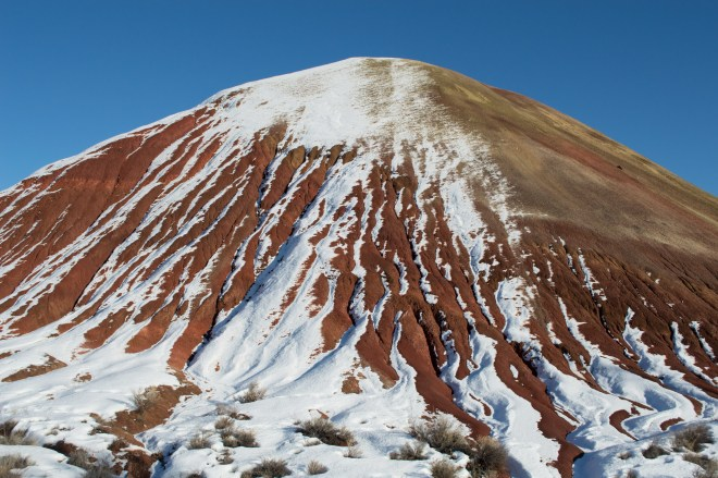 Painted Hills, Oregon, winter, snow