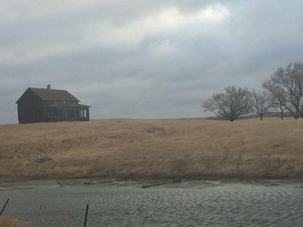 South Dakota, abandoned house