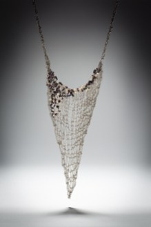 Hera knitted chain with beading