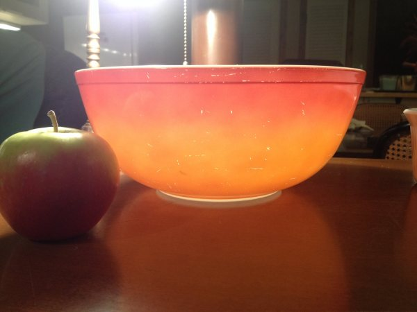 Large Orange Vintage Pyrex Mixing Bowl: 61,000 ppm Lead