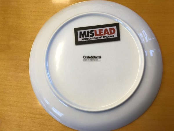 White Round Crate And Barrel Plate Made In Indonesia