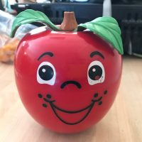 Toy_apple_1