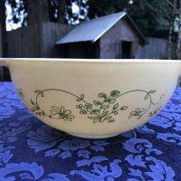 1 Pyrex Shenandoah Cinderella Bowl Tamara Rubin Lead Safe Mama Vintage