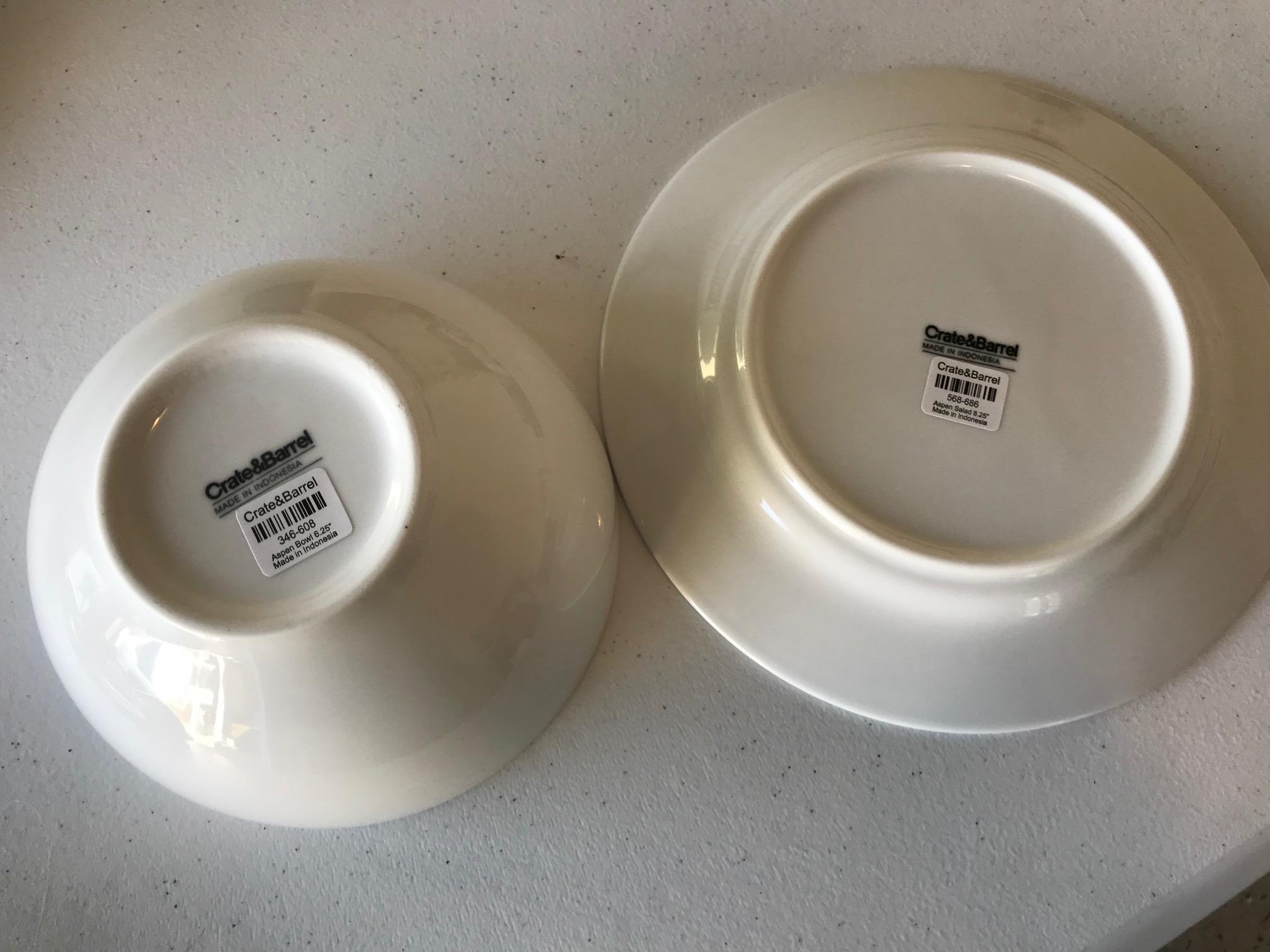 """2018 New Crate & Barrel """"Aspen"""" Made In Indonesia White Ceramics"""
