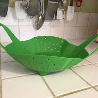 Sunsella Green Silicone Vegetable Steamer 1