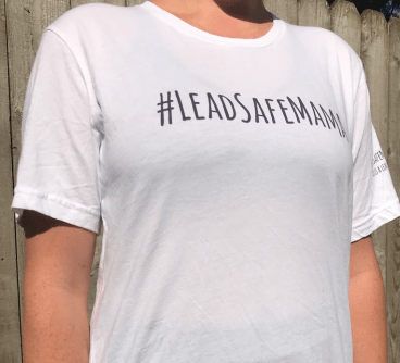 Lead Safe Mama T-shirt size large