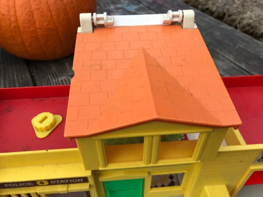 And the winner is.... Click here to see the full XRF test results for the vintage Fisher Price Garage!