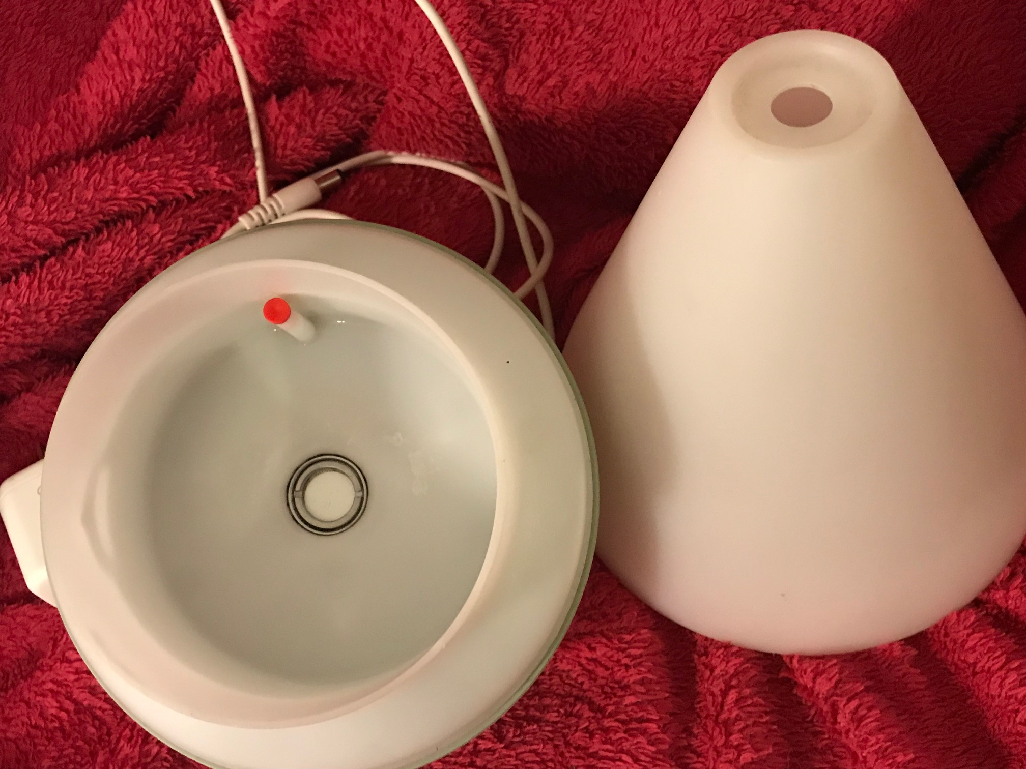 """Center """"washer"""" in Young Living essential oil diffuser: 2,282 ppm Lead when tested with an XRF instrument."""