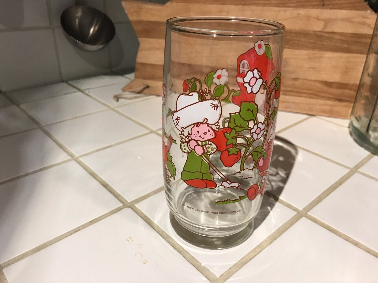 Vintage 1980 Strawberry Shortcake Glass: 65,800 ppm Lead + 2,622 ppm Cadmium + 77 ppm MERCURY! [90 ppm Lead is unsafe for kids.]