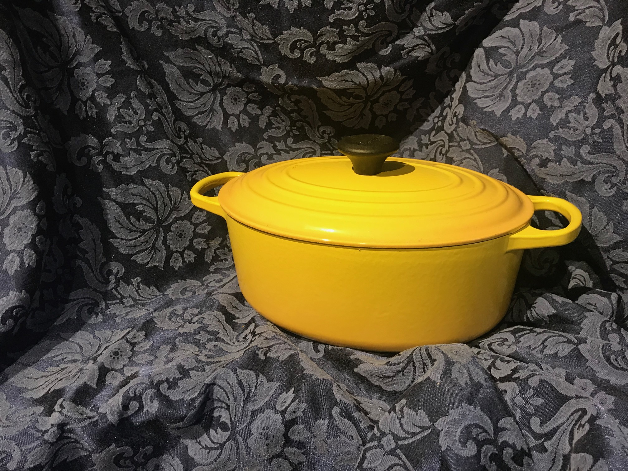 Made In France (c. 2013) Yellow Oval Le Creuset Enameled Cast Iron Casserole [#29]: 17,700 ppm Cadmium (a known carcinogen.)
