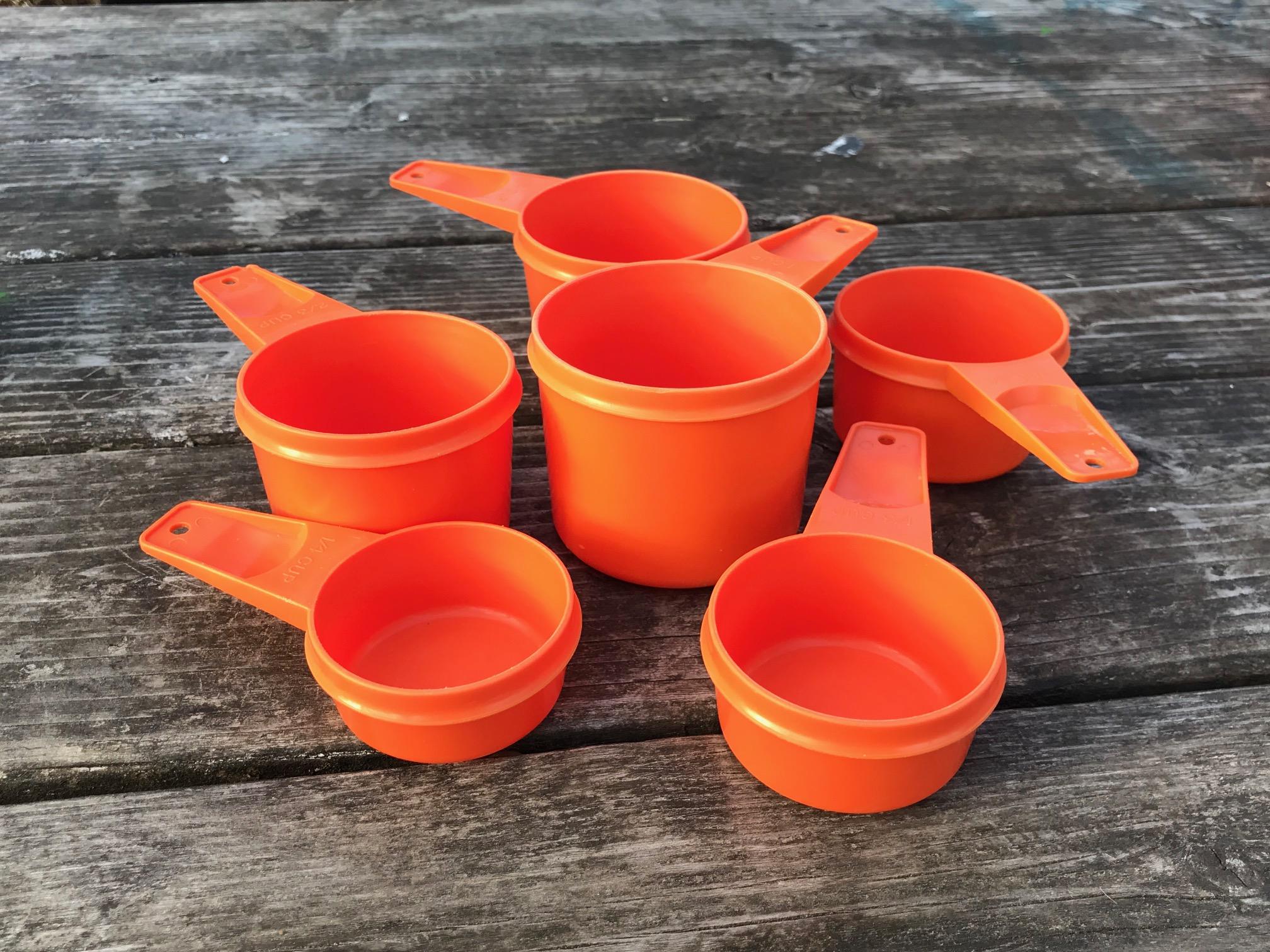 Orange Tupperware Vintage Measuring Cups: 61 ppm Cadmium. Cadmium ...