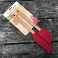 KitchenAid Red Silicone Spatula with Bamboo Handle 2019 Lead Safe Mama 1