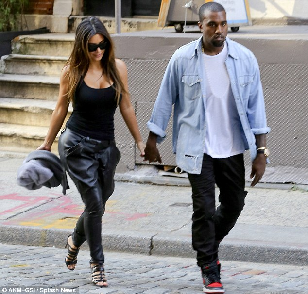 what�s wrong with this picture kimye