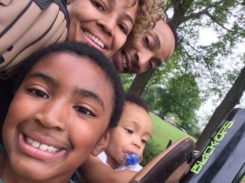 Kim Fields with husband and two boys . Photo: Twitter