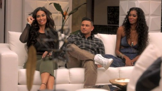 "Famously Single Recap: ""Life Is Not Fair!"""