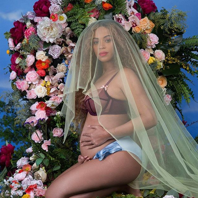 Beyoncé Is Giving Birth