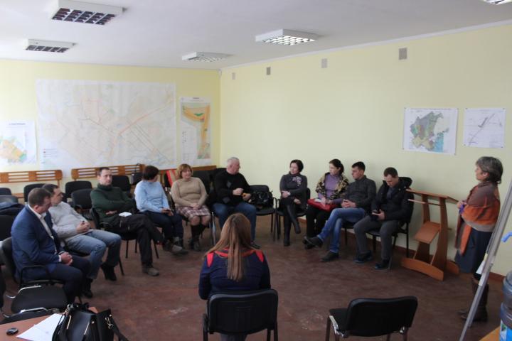 Діалоговому майданчику в місті Підгородне БУТИ
