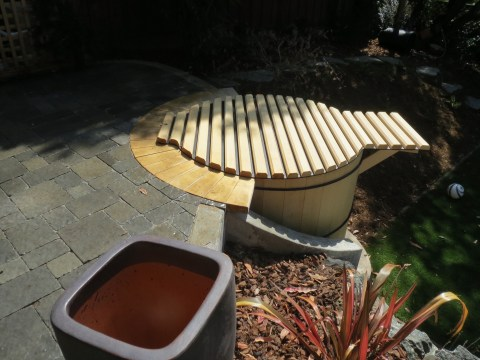 Saint Francis Woods, Hot Tub with Roll Cover