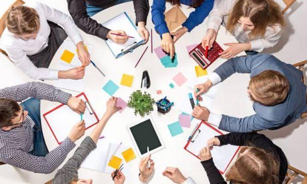 cara membagi tugas saat bekerja sama