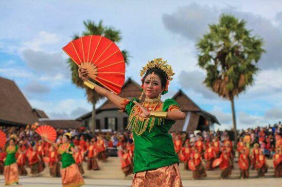13 Suku di Pulau Sulawesi Serta Penjelasannya