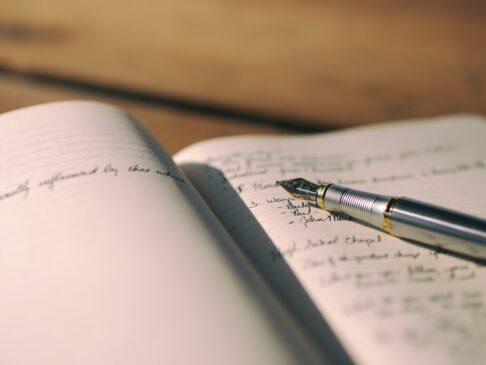 Contoh Teks Eksposisi: Pengertian, Struktur & Jenis