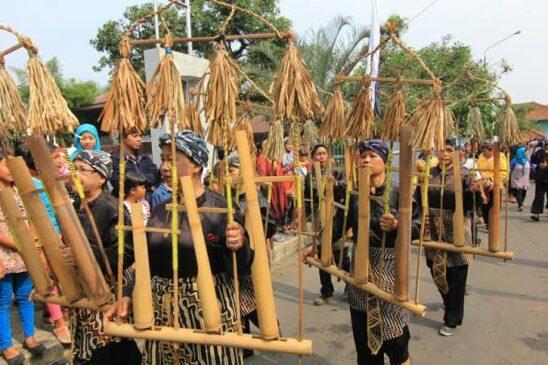 10 Alat Musik Tradisional Banten Serta Penjelasannya