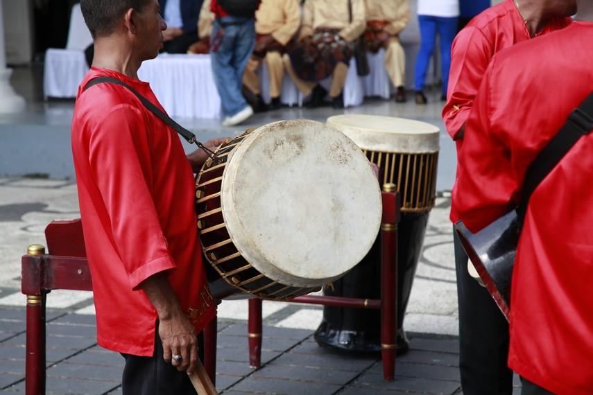 10 Alat Musik Tradisional Maluku dan Cara Memainkannya - Tambah Pinter