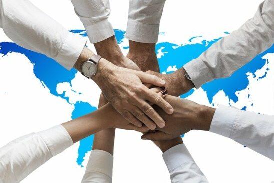 Ketahui Praktik Humas dalam Lingkup Global