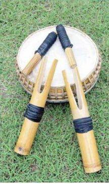 12 Alat Musik Tradisional Sulawesi Utara dan Cara Memainkannya