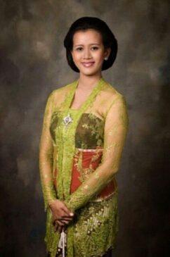 12 Pakaian Adat Yogyakarta Serta Penjelasannya