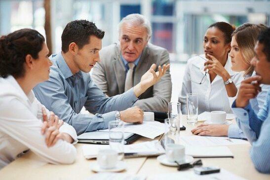 hambatan komunikasi organisasi
