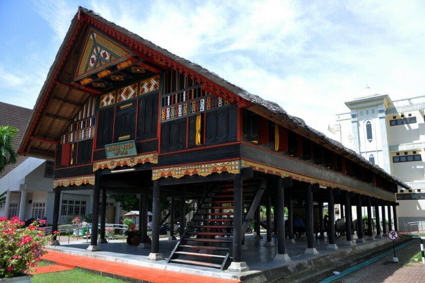 Rumah Adat Aceh Serta Penjelasannya Tambah Pinter