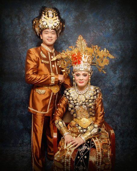 Pakaian Adat Gorontalo Pria