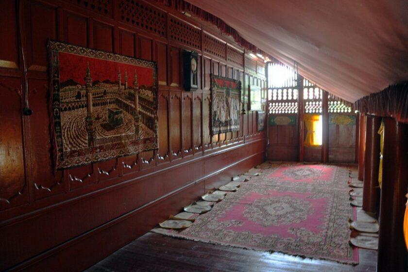 Seuramoe-ukeu (Serambi atau Ruangan Depan)