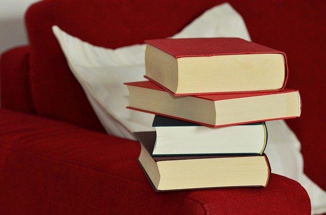 Unsur Ekstrinsik Novel Perempuan di Titik Nol